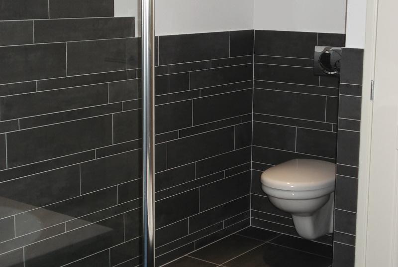 Badkamers dries boom badkamers en keukens alblasserdam - Badkamer betegeld ...